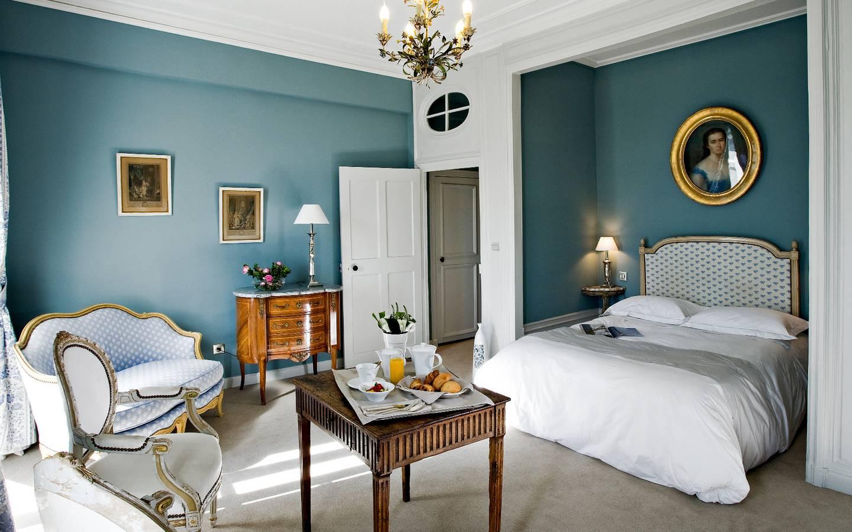 Chambre Superieure Chambres D Hotel Dormir Dans Un Chateau