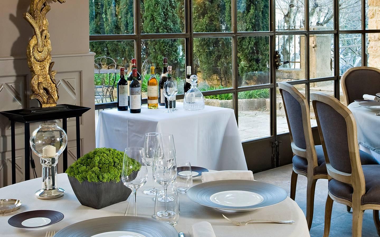Gourmet restaurant in Provence - Château de Rochegude (In between ...